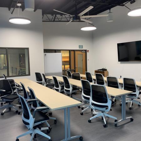Lobby Reception Tenant Improvement Commercial Remodel Conference Room Kent Tacoma Fife Federal Way Auburn Renton Burien Des Moines